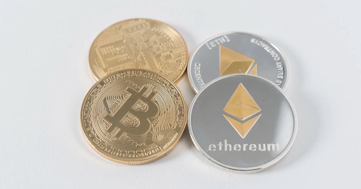 Ethereum / Bitcoins, Image by Thought Catalog on Unsplash