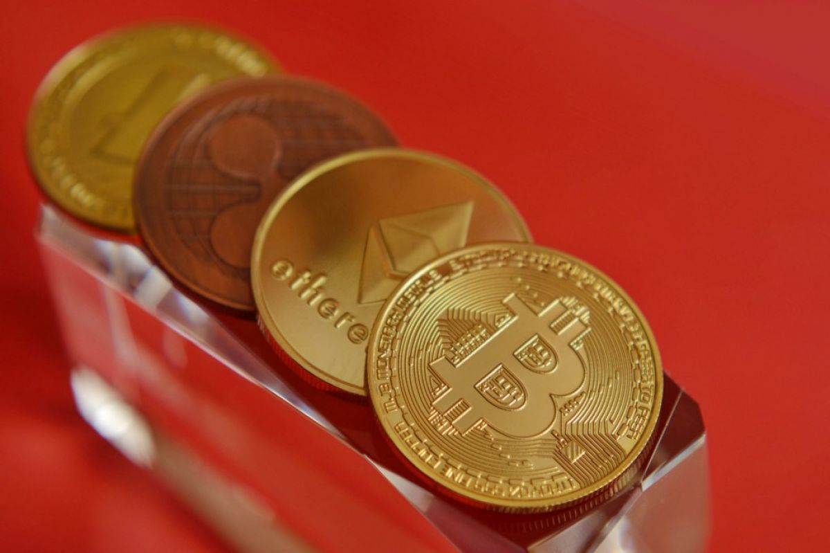 4 Crypto Currencies That Could Outgrow Bitcoin