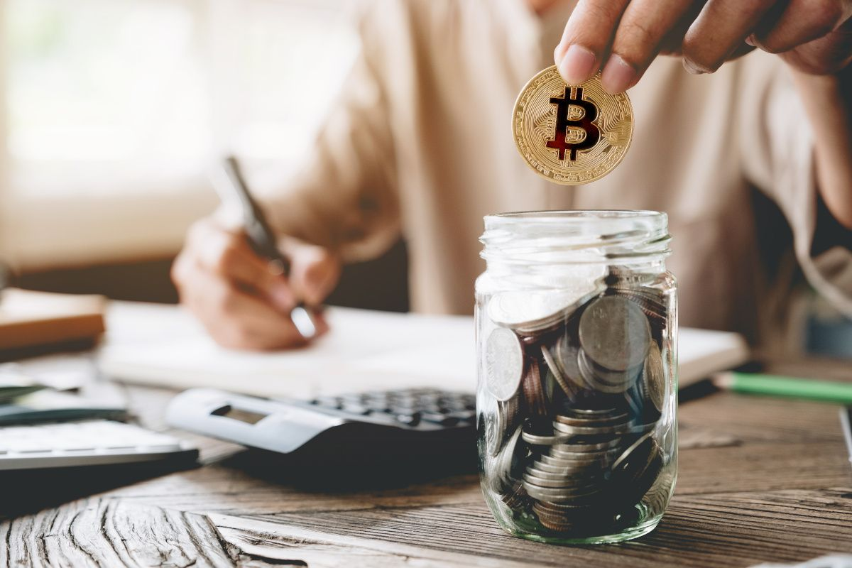 5 Advantages Of Investing In Bitcoin